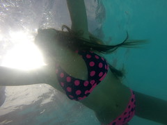 Barra da Ibiraquera SC (Mercedesdiaz) Tags: praia beach girl kids underwater playa underthewater bajoelagua gopro