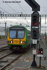 29017 passes Clontarf Road, 12/3/16 (hurricanemk1c) Tags: irish train rail railway trains commuter railways caf irishrail 2016 iarnród 29017 éireann iarnródéireann clontarfroad class29000 1614pearsedrogheda