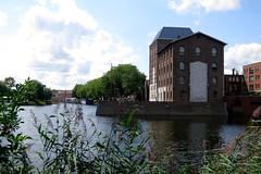 'Silo Weijers' Deventer (FaceMePLS) Tags: nederland thenetherlands streetphotography deventer straatfotografie facemepls canonpowershots100