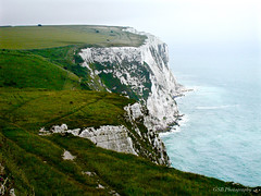 White Cliffs, Gray Day (GSB Photography) Tags: uk greatbritain england seascape landscape chalk topf50 500v20f 100v10f icon cliffs iconic dover englishchannel whitecliffsofdover grayday 1500v60f 1000v40f langdoncliffs 3000v120f 250v10f