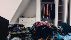 04.04.2016 (Fregoli Cotard) Tags: loft moving bedroom apartment clothes attic newhome fold wardrobe newapartment dailyphoto unpack photodiary newplace photojournal 366 dailyjournal lastfloor dailyphotograph everydayphotography everydayphoto 366days aphotoeveryday 95366 366project 366daily 95of366 366dailyproject photographicaljournal