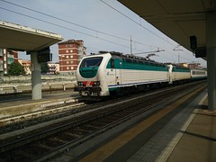E403.015 + E403.003 IC 511 a Lingotto FS (simone.dibiase) Tags: city train torino ic trains porta treno 003 salerno 403 015 fs intercity nuova inter stato trenitalia 511 italiane lingotto treni dello ferrovie e403