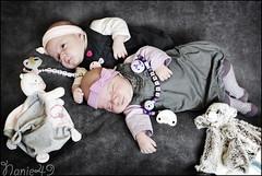 Les Jumelles2. (nanie49) Tags: family famille portrait baby france familia nikon famiglia retrato twin newborn d750 francia bb jumelles nouveaun reciennacido gemeles nanie49