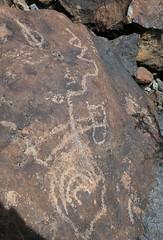 Petroglyphs / Blackrock Well Site (Ron Wolf) Tags: california abstract archaeology circle nationalpark desert nativeamerican salinevalley petroglyph anthropology shoshone rockart deathvalleynationalpark piute numic meanderingline bisectedcircle nestedcurves