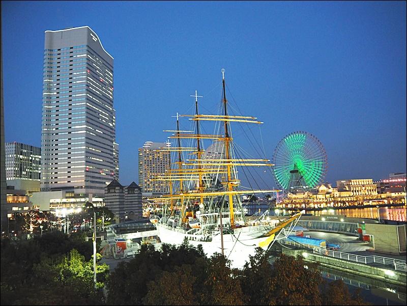 [橫濱] 橫濱皇家花園飯店 旁邊是皇后廣場逛街超方便,不過訂房記得看一下是街側還是海測 | 酷麥克同名網誌