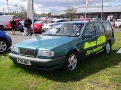 More interesting than the new ones (stevenbrandist) Tags: green grass car volvo estate leicestershire advert loughborough 850 highmileage partexchange archiemoss m290deu