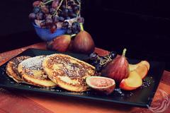 protein packed ricotta pancakes2_wm (inabluemoon.net) Tags: fruits pancakes ricotta protein packed