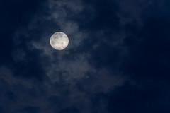 April Moon (aliffc3) Tags: lighting moon clouds april nikkor300mmf4ed nikond750