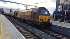 67028 Reading  1Z30 Gloucester - Stevenage (dan warman1) Tags: reading skip class67 67028 dbschenker