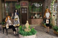 Stone str3 (Rashmiel) Tags: doll barbie susie diorama integrity sweetfreedom integritytoys dynamitegirls dioramascale16