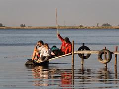 Pesca-2 (Letua) Tags: cuatro muelle fishing fisherman agua reflejo pesca pescador pescando