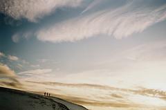 trois sur le flanc (asketoner) Tags: winter sunset sky people cloud mountain snow landscape three daylight iceland rocks south silhouettes photographers drawings jokulsarlon