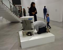 One Minute Sculptures: einen khlen Kopf bewahren (jusan) Tags: art exhibition erwinwurm berlinischegalerie oneminutesculptures beimutti