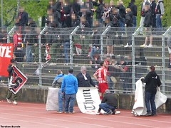 022 (torsten.bunde) Tags: red white boys schweiz tessin super di thun fc teste lugano league matte deutsch stadio ultras italienisch cornaredo