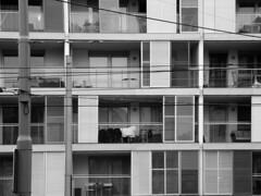 Simmeringer Hauptstrasse (Marie Kappweiler) Tags: vienna wien windows bw architecture austria noir fenster architektur schwarzweiss balcon vienne balkone simmering linien unicolor einfarbig 11bezirk