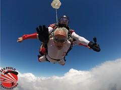 G0049737 (So Paulo Paraquedismo) Tags: skydive tandem freefall voo paraquedas quedalivre adrenalina saltar paraquedismo emocao saltoduplo saopauloparaquedismo