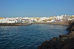 El Cotillo (maulbeerbaum) Tags: blue sky water wasser afternoon view harbour fuerteventura himmel sunny blau azur islascanarias fuerte oldharbour elcotillo