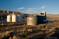 Grain Elevator, Biggs Junction, Oregon (Gary L. Quay) Tags: oregon river nikon highway elevator grain columbia quay gary biggs hiway d300
