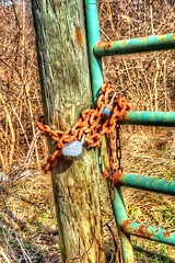 Locked gate (mrgraphic2) Tags: fence gate indianapolis indiana hdr sonyrx100m2
