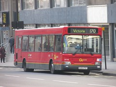 London General DP198 EU53PYF Buckingham Palace Rd, Victoria, London on 170 (1280x960) (dearingbuspix) Tags: 198 tfl transportforlondon londongeneral goahead goaheadlondon dp198 eu53pyf
