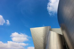 gehry design (Karol Franks) Tags: waltdisney concert hall frankgehry building structure architecture design perspective clouds sky losangeles ca california downtown abstract metal ©karolfranks okarolyahoocom