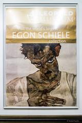 Egon Schiele: Selbstbildnis mit gesenktem Kopf / self portrait with lowered head, 1912 (Anita Pravits) Tags: vienna wien selfportrait museum poster mq selbstportrait plakat museumsquartier egonschiele leopoldmuseum