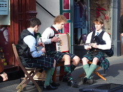 Pipes and Box (rgrant_97) Tags: uk music scotland edinburgh pipe buskers bagpipe squeezebox