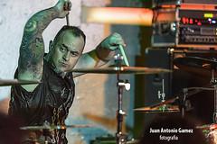 Brigi Duke - El Drogas (juan antonio gamez) Tags: bajo guitarra heavymetal slayer hardrock gretsch batera barricada polygram rockalternativo rockradicalvasco lavenganzadelaabuela eldrogas txarrena rockurbano bmgariola soua brgidoduque eugenioaristu brigiduke txusmarav malditorecords droeastwest enriquevillarrealarmendriz flakotxarrena