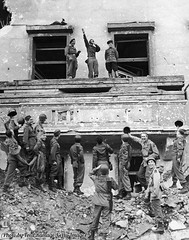 American and Russian armies mimic and mock Adolf Hitler Hitler's famous balcony at the Chancellery in Berlin, 1945. [600 X 762] #HistoryPorn #history #retro http://ift.tt/22kH2S6 (Histolines) Tags: berlin history balcony famous hitler x retro american 600 timeline russian adolf 1945 mimic mock hitlers vinatage chancellery armies 762 historyporn histolines httpifttt22kh2s6