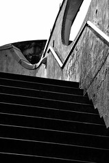 (MoniqueM68) Tags: lines stairs linescurves