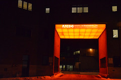 Entrance (-Kj.) Tags: school red orange building night dark entrance gateway portal osloschoolofarchitectureanddesign arkitekturogdesignhgskolenioslo