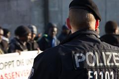 IMG_5957 (sebastian30451) Tags: berlin sudan demonstration polizei botschaft