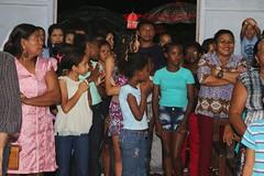 Tambm fiis da comunidade de So Francisco das Chagas, da matriz, vieram participar da missa na Vila Frei Solano com Dom Joo Muniz 099 (vandevoern) Tags: brasil maranho simpatia misso bacabal vandevoern contgio sofranciscosolano