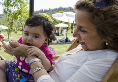 Vicenza y su abuela (Imthearsonist) Tags: chile park parque santiago people baby cute grandmother beb abuela cuteness ternura canoncamera parquebicentenario canonreflext3i