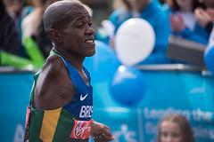 Ezequiel Marcelo da Costa (John Fenner) Tags: london nikon ipc para marathon virgin elite d750 bermondsey nikkor athlete runner f28 80200mm 2016