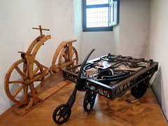 The very first bicyle and automobile invented by Leonardo Da Vinci - Clos Luc in Amboise (Sokleine) Tags: france heritage bike bicycle prototype inventions 37 vinci renaissance amboise vlo leonardodavinci touraine indreetloire centrevaldeloire closluc vlocipde
