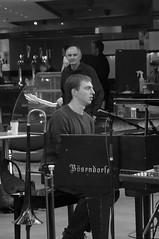 P1310808 (Imagine Bill) Tags: birminghamjazz davidferris jazzlines jazzlinestrio