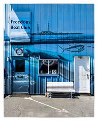 Freedom Boat Club (Timothy Valentine) Tags: sign bench us unitedstates massachusetts large m monday newburyport 2016 0416