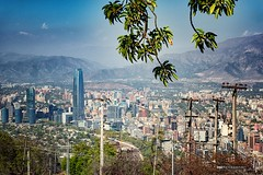 View from San Cristbal Hill (hapePHOTOGRAPHIX) Tags: chile southamerica skyscraper cl santiagodechile providencia wolkenkratzer amricadelsur cerrosancristbal sdamerika reginmetropolitana sancristbalhill grantorresantiago hapephotographix nikond750 152chl sancristbalhgel