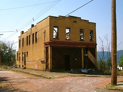 McKeesport, PA, 2007 (Equinox27) Tags: building brick abandoned yellow pa 2007 mckeesport