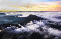 Vistas desde arriba (Jabi Artaraz) Tags: nature amanecer ibarra bruma anboto aramaio jabiartaraz jartaraz