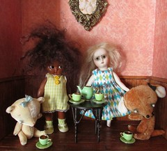 More Tea? (SJB Dolls) Tags: art toys doll tea knickerbocker myling violetpie