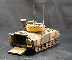 M3 Bradley Desert Storm (krislagreen) Tags: model tank armor 172 ifv