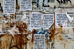 Por A-Poluio-Sto Andr. (nariobarbosa) Tags: street textura brasil saopaulo propaganda brazilian lambelambe santoandre parquedasnacoes porai poluicaovisual