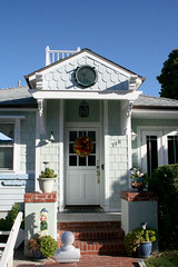 (wmpe2000) Tags: door white house brick sandiego shingles cottage victorian wreath porch fallbreak beachcottage 2015