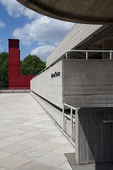 National Theatre (itmpa) Tags: red london canon concrete theatre southbank nophotoshop 1970s venue 1976 lambeth brutalism brutalist nationaltheatre listed unedited 6d theshed lasdun straightfromthecamera gradeii 2013 denyslasdun royalnationaltheatre haworthtompkins canon6d tomparnell nationaltheatreofgreatbritain temporarytheatre itmpa 196976 archhist