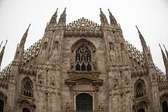 il duomo in facciata (Chiara Abbate) Tags: italy milan milano piazza duomo chiara architettura gotico storia facciata madonnina abbate guglie punte