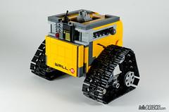 REVIEW LEGO 21303 WALL-E LEGO IDEAS 12 (hello_bricks) Tags: robot lego review pixar ideas revue walle 21303 legoideas hellobricks