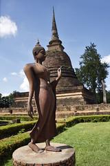 _GRL7685 (TC Yuen) Tags: architecture thailand ruins asia southeastasia buddha unesco worldheritage norththailand ancientcapital