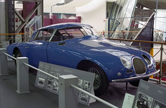 Plastic Bugatti (Ronald_H) Tags: brussels film car museum bruxelles expired bugatti brussel 2009